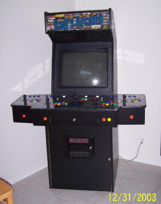 http://unclet.arcadecontrols.com/DadsArcade/pics1/009-completeFinal1.jpg